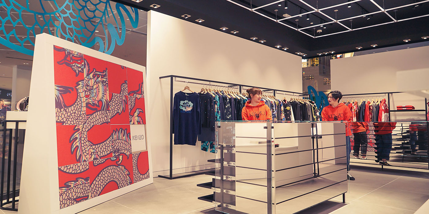 19c2175bdce8 Alyasra Fashion, the regional fashion retail leader, announced the grand  reveal of KENZO's newly renovated store at the Avenues. The celebratory  event took ...